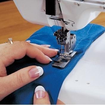 Осваиваем вышивку на простой швейной машинке Ярмарка