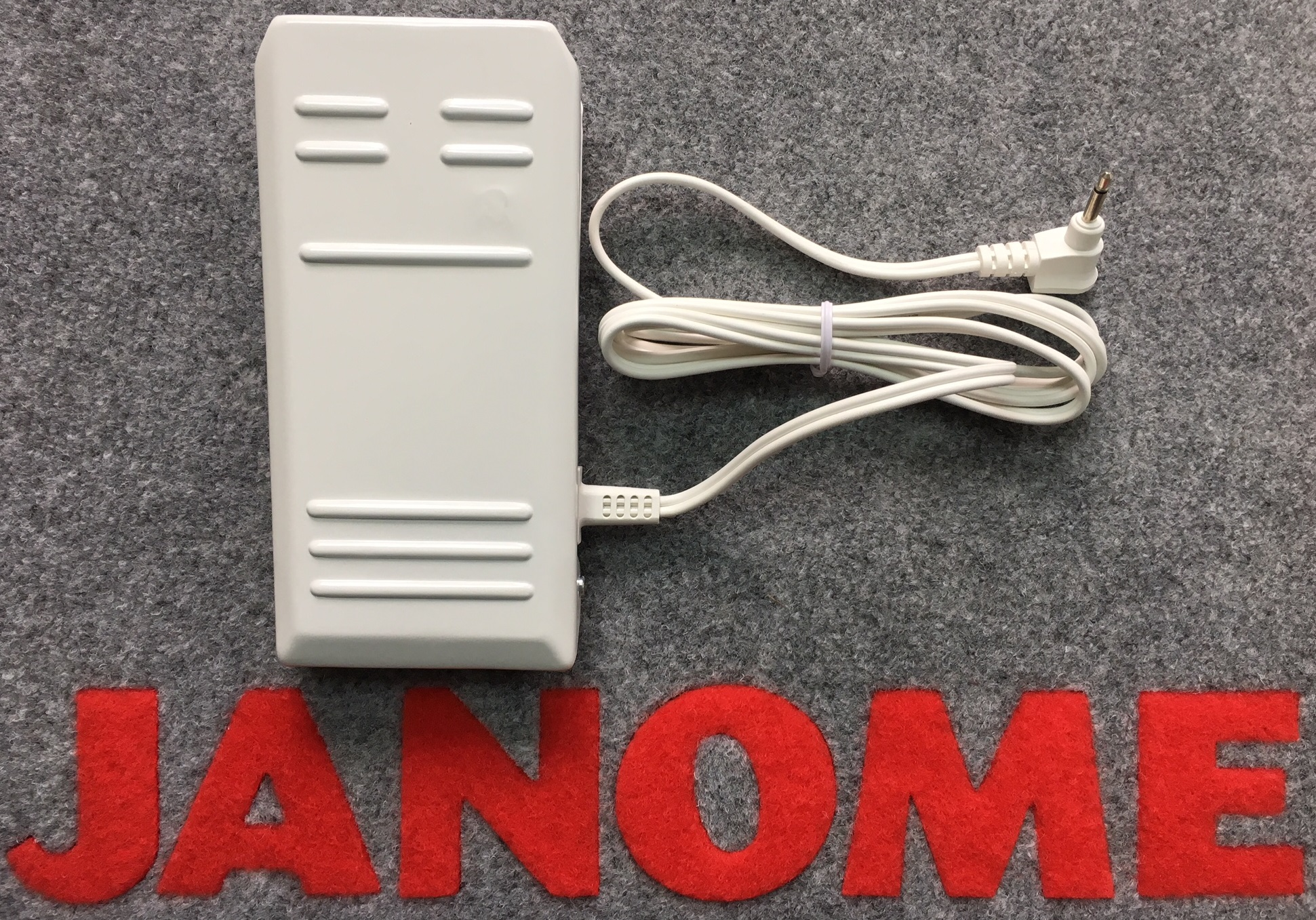 Janome Foot Controller 033570318 (white metal)