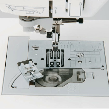 Straight Stitch Foot & Plate SNP02 (XG0946001)